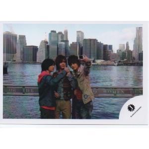 山田涼介&知念侑李&中山優馬[NYC] 公式生写真/Jロゴ・中山カメラ持ち|arraysbook