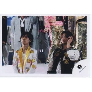 錦戸亮&赤西仁 公式生写真/Jロゴ・目線若干左方向・口閉じ|arraysbook