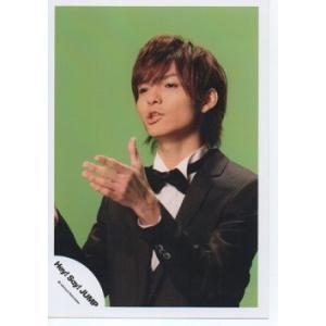 薮宏太(Hey!Say!JUMP) 公式生写真/衣装黒×白・蝶ネクタイ・背景黄緑・目線若干左|arraysbook