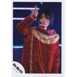 横尾渉(Kis-My-Ft2/キスマイ) 公式生写真/衣装赤×金・口閉じ・背景青|arraysbook