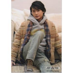 横尾渉(Kis-My-Ft2/キスマイ) 公式生写真/2013年・衣装うす茶色×グレー・目線若干左方向|arraysbook