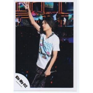 横尾渉(Kis-My-Ft2/キスマイ) 公式生写真/衣装白×水色・マイク持ち・右手上|arraysbook