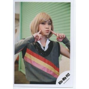 二階堂高嗣(Kis-My-Ft2/キスマイ) 公式生写真/ジョッシー松村のSCREAM・カメラ目線・カツラ・両手人差し指立て|arraysbook