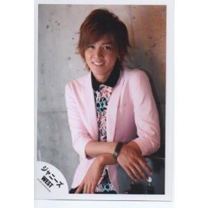 小瀧望(ジャニーズWEST) 公式生写真/なにわともあれ、ほんまにありがとう・衣装ピンク×黒・カメラ目線・歯見せ・背景グレー arraysbook