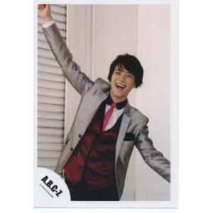 戸塚祥太(A.B.C-Z)公式生写真/衣装銀×赤×白×ピンク・口開け・背景白|arraysbook