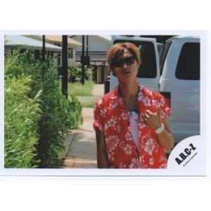橋本良亮(A.B.C-Z)公式生写真/ハワイ・衣装アロハシャツ赤×白・サングラス・口閉じ|arraysbook
