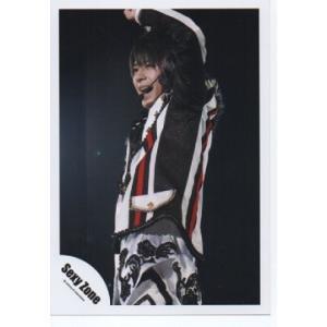 佐藤勝利(Sexy Zone) 公式生写真/衣装白×黒×赤・口開け・目線左方向・ライブ|arraysbook