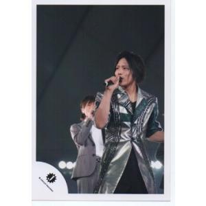 桐山照史(ジャニーズWEST) 公式生写真/Jロゴ・衣装銀×黒×緑・目線左方向|arraysbook