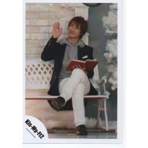 宮田俊哉(Kis-My-Ft2/キスマイ) 公式生写真/SNOW DOMEの約束・衣装黒×グレー×白・本持ち|arraysbook