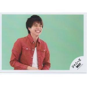 重岡大毅(ジャニーズWEST) 公式生写真/衣装赤×白・歯見せ・笑顔・背景黄緑|arraysbook