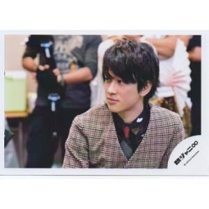 横山裕(関ジャニ∞) 公式生写真/衣装茶色×黒×赤・口閉じ・目線左方向 arraysbook