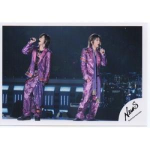 加藤シゲアキ&山下智久(NEWS) 公式生写真/衣装紫・マイク持ち|arraysbook