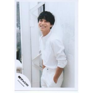 錦戸亮(関ジャニ∞) 公式生写真/関ジャニ'sエイターテイメント・衣装白・歯見せ・カメラ目線・ポッケに手入れ|arraysbook