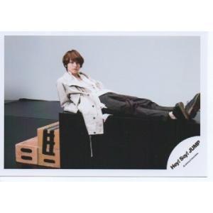 伊野尾慧(Hey!Say!JUMP) 公式生写真/OVER THE TOP・衣装白×黒・カメラ目線|arraysbook