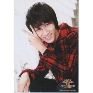 濱田崇裕(ジャニーズWEST) 公式生写真/KANSAI Johnny's Jr.2013 A HAPPY NEW YEAR CONCERT・衣装赤×黒・ピース・カメラ目線|arraysbook