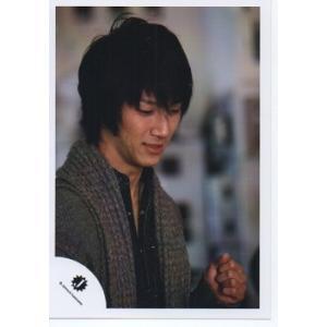 濱田崇裕(ジャニーズWEST) 公式生写真/Jロゴ・衣装グレー×黒・目線若干下方向|arraysbook
