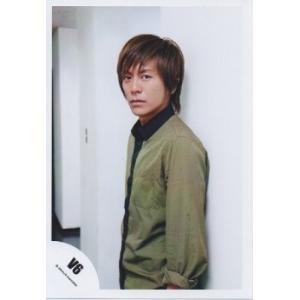 森田剛(V6) 公式生写真/衣装深緑×黒・カメラ目線・口閉じ・背景白 arraysbook