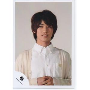 岩橋玄樹(King&Prince) [キンプリ] 公式生写真/Jロゴ・衣装白・背景グレー arraysbook