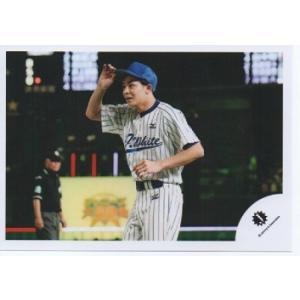 岸優太(キンプリ) 公式生写真/Jロゴ・衣装白×青・帽子被り|arraysbook