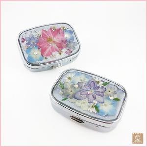 押し花のピルケース ミラー付き フラワー 四角 可愛い プレゼント 贈り物 お祝い ハンドメイド 一点物|artboxkyoto