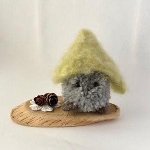 小人と木の実 artboxkyoto
