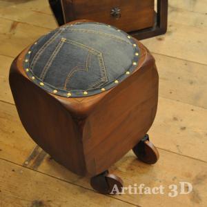 スツールボックス キューブスツール デニムチェア 玄関ちょい掛け キャスター付き 収納ボックス チーク無垢材家具 オリジナル家具 インドネシア直輸入|artcrew