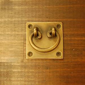 取っ手 真鍮把手 ブラス おしゃれ 引き出し インテリアパーツ アンティーク仕上げ 古色仕上げ DIY 付け替え 修理 家具部品 インドネシア直輸入|artcrew