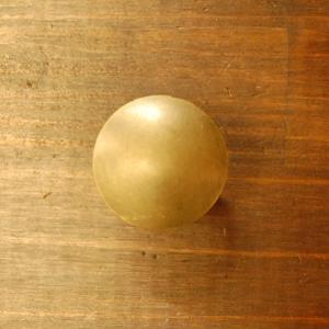 ブラス取っ手 ノブ 真鍮把手 つまみ スクリュー型・インドネシア直輸入・インテリアパーツ・古色 アンティーク仕上げ DIY 家具部品|artcrew