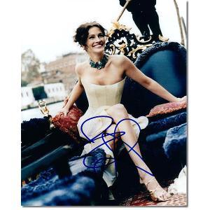 ジュリア・ロバーツ直筆のサインが入ったスチール写真です。安心の一生涯保証付きのオートグラフ(直筆サイ...