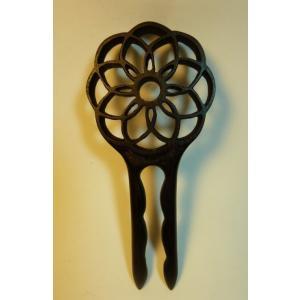 木製 かんざし 透かし彫り 菊型|artnob