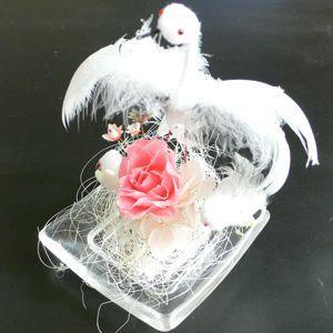 光るプリザーブドフラワー コウノトリ ガラスアレンジ バラ(ピンク)|arumama