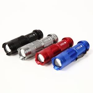 超小型 CREEト/ズーム機能付 懐中電灯 携帯手のひらサイズライト 単三電池1本|arusena39