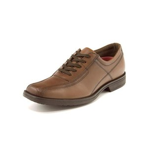 革靴なのに、足取り軽やか!快適な履き心地を提供するコンフォート仕様のカジュアルシューズ。軽量性、クッ...