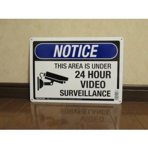 メタルサイン NOTICE 24h 新品 アメリカ雑貨 標識 セキュリティ インテリア 防犯 カメラ ガレージ USA 監視 警告 ブリキ|aseff