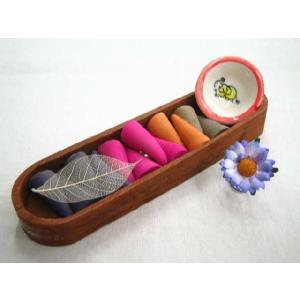 コーンタイプのお香とカワイイお香立てのセットが5個!ギフトにも◎ / コーンタイプお香&お香立てセット / T-I-4|asian-dream-net