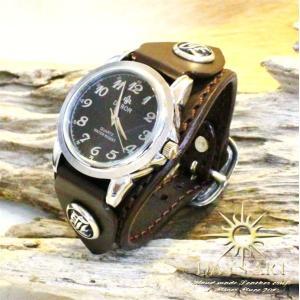 時計 メンズ 腕時計 レザーブレスレットウォッチ 硬質牛革ベルト シルバーコンチョ|asianarts
