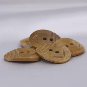 インド製 本水牛ボタン 20x26mm 5個入 ( BC1-08-1) ボタン 手芸 通販|assure-2|03