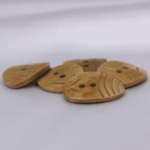 インド製 本水牛ボタン 20x26mm 5個入 ( BC1-08-1) ボタン 手芸 通販|assure-2|05