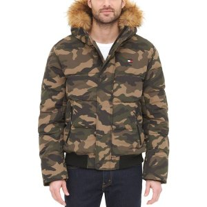 トミー ヒルフィガー ジャケット&ブルゾン アウター メンズ Tommy Hilfiger Men's Quilted Snorkel Bomber Jacket Camouflage|astyshop