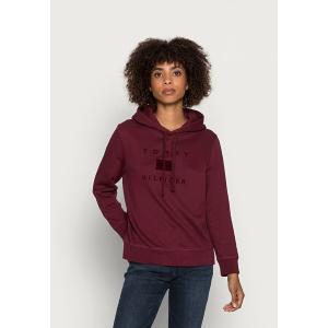 トミー ヒルフィガー パーカー・スウェットシャツ レディース アウター REGULAR FLOCK HOODIE - Sweatshirt - deep rouge|astyshop