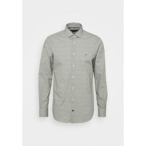 トミー ヒルフィガー シャツ メンズ トップス DOBBY GLEN CHECK SLIM FIT - Shirt - putting green/white|astyshop