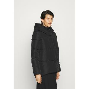 オンリー トール コート レディース アウター ONLAMY PUFFER JACKET - Light jacket - black astyshop