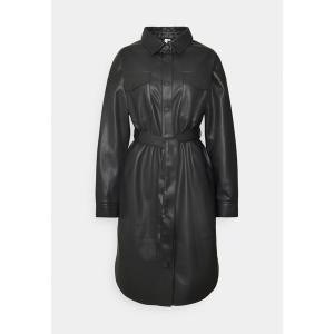 ニリーバイネリー コート レディース アウター LONG PU SHACKET - Short coat - black astyshop