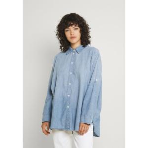 アメリカンイーグル シャツ レディース トップス CORE OVERSIZED TAB SHIRT  - Button-down blouse - chambray blue|astyshop