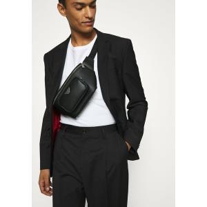 エンポリオ アルマーニ ボディバッグ・ウエストポーチ メンズ バッグ UNISEX - Bum bag - black|astyshop