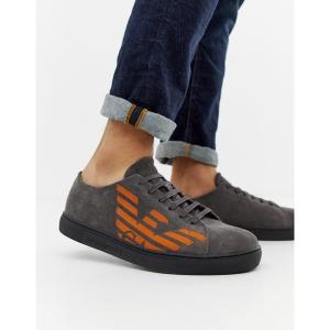 エンポリオ アルマーニ メンズ スニーカー シューズ Emporio Armani contrast logo suede sneakers in gray Gray astyshop