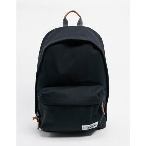 イーストパック メンズ バックパック・リュックサック バッグ Eastpak backpack in black Black astyshop
