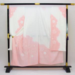 ◆新品 未仕立て 絹100% ◆小松ちりめん(桶絞り) ◆サイズ 裁ち切り丈 約 134cm、裄 約...