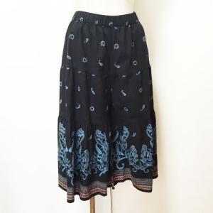 ペイズリー柄ティアードガウチョパンツ〈ブラック〉スカンツ インド綿100% アジアンエスニック ワイドパンツ|atelier-ayumi