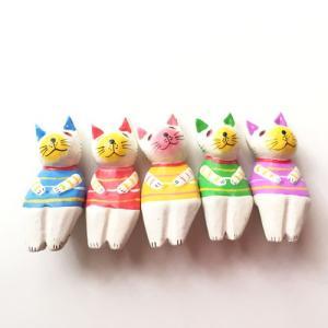 カラフルなお座りネコ5匹セット〈白猫〉バリ木彫り 【アジアン雑貨】【バリ雑貨】アニマル木彫り・置物|atelier-ayumi